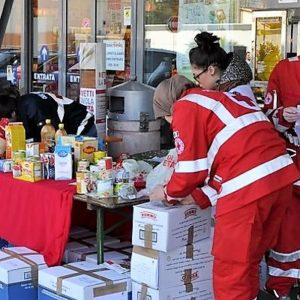 Distribuzione alimentare finanziata dal programma di aiuti europei FEAD